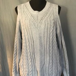 Lb sweater with cut out shoulders. 14/16
